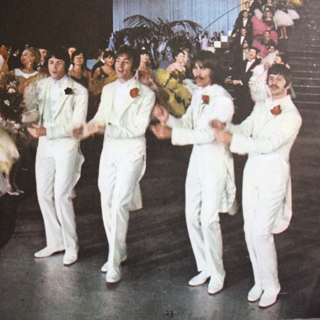 Beatles in Tuxedos Magical Mystery Tour Inside EP