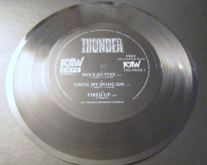 flexi disc Thunder RAW magazine
