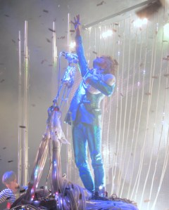 Wayne Coyne in confetti Flaming Lips