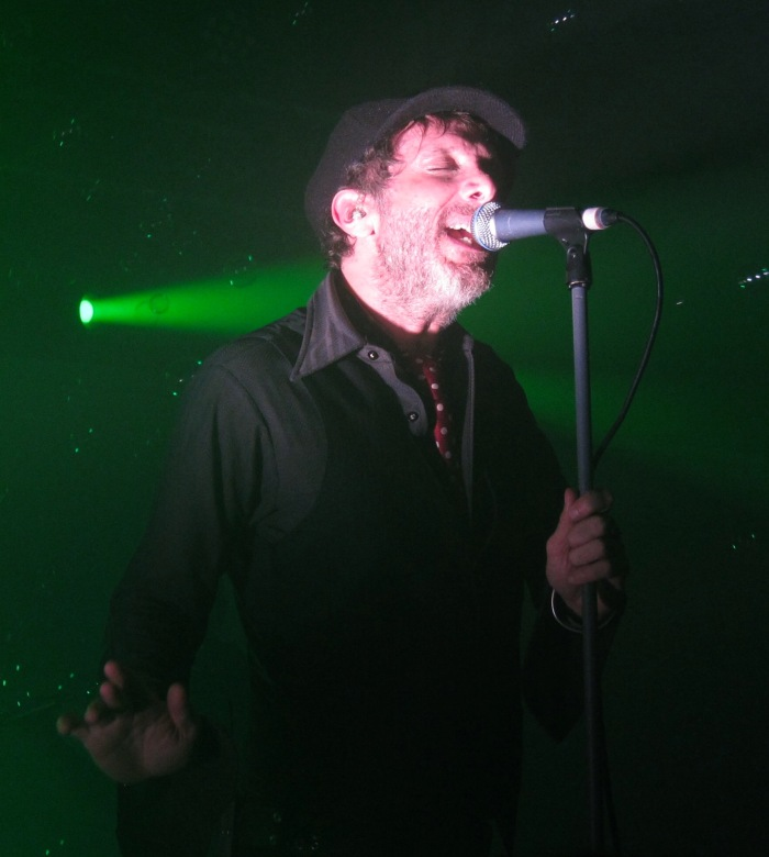 Jonathan Donahue of Mercury Rev at The Oval Space 2015 10
